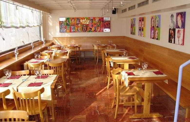 Domo - Restaurant - 9