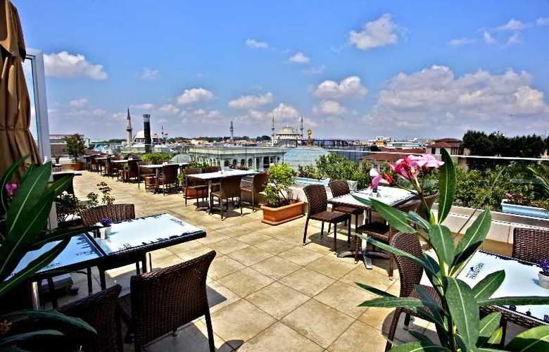 Hotel Pierre Loti (special class) - Terrace - 5