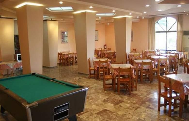 Jason - Restaurant - 7