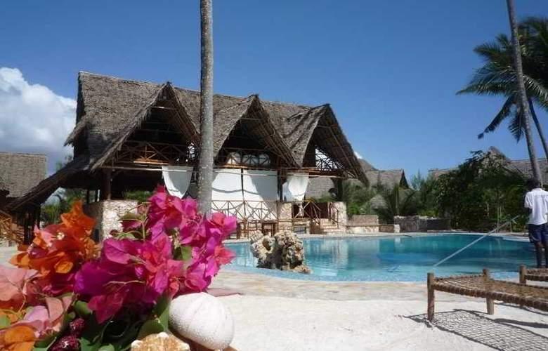 Ora Resort Samaki Lodge - Pool - 1