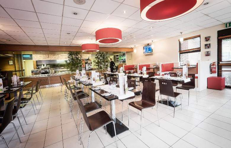 Travelodge Dublin Airport North Swords - Restaurant - 19
