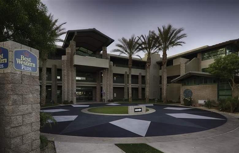 Best Western Sundial - Hotel - 19