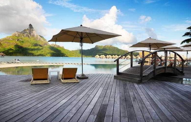 Le Meridien Bora Bora - Pool - 75