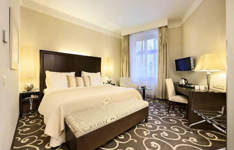 Grand Hotel Bohemia - Room - 9