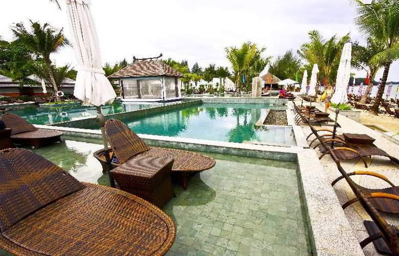 Beyond Resort Khaolak - Terrace - 13