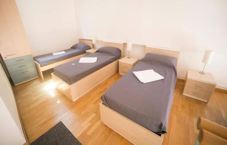 Sunny Terrace Hostel - Room - 20