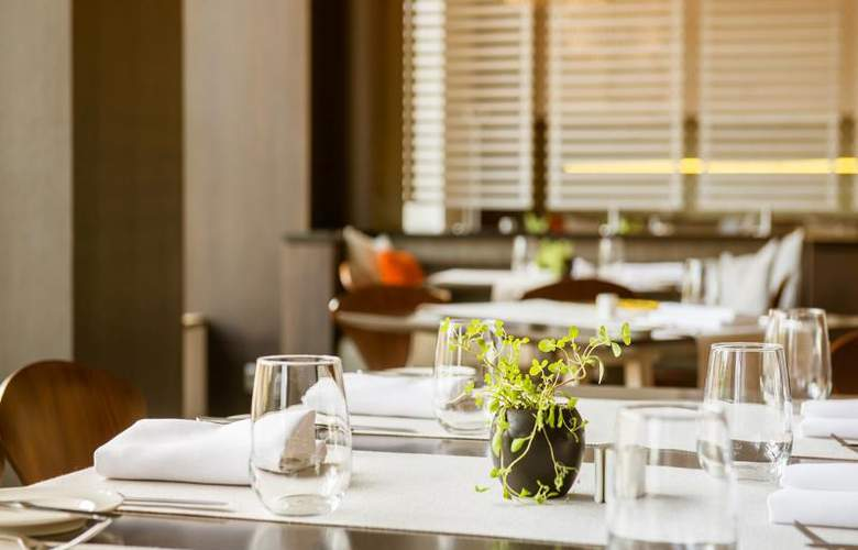 Holiday Inn Vilnius - Restaurant - 3