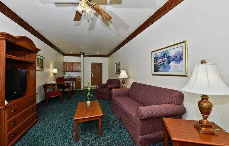 Best Western Fort Worth Inn & Suites - Hotel - 38