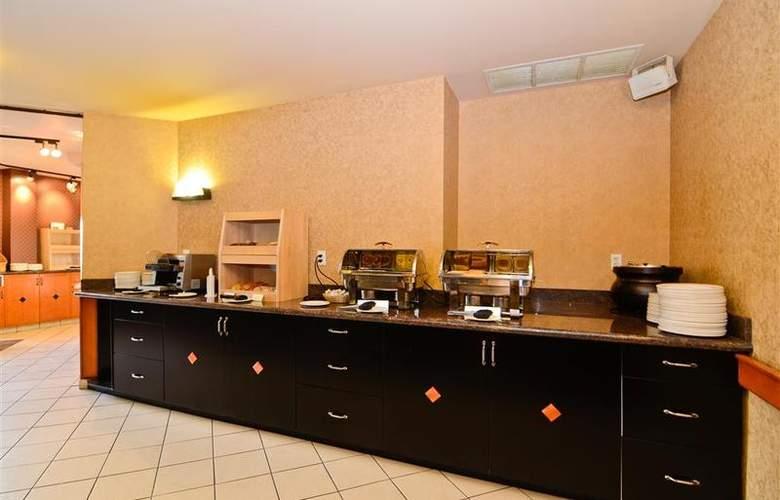 Best Western Plus Pocaterra Inn - Restaurant - 156