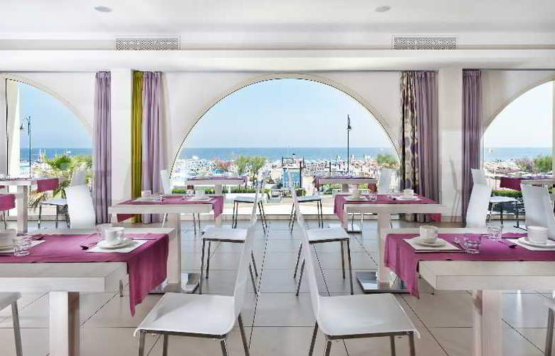 Touring - Restaurant - 38