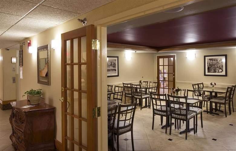 Best Western Cedar Bluff - Restaurant - 66