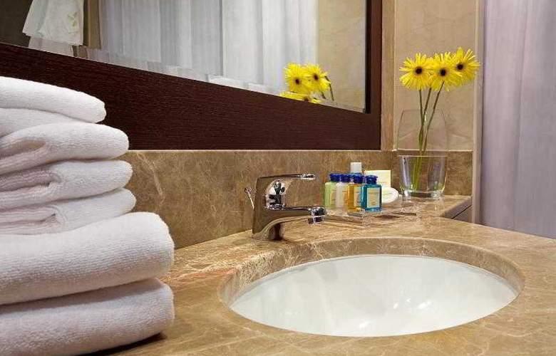 Four Points by Sheraton Sheikh Zayed Road - Hotel - 7