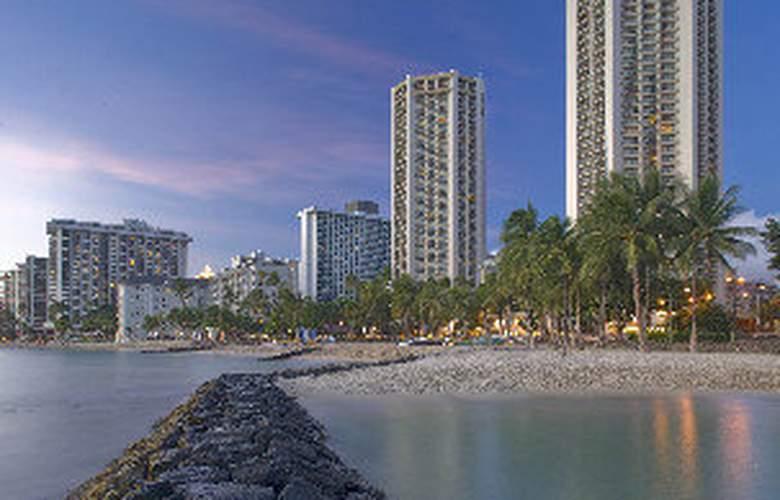 Hyatt Regency Waikiki Beach Resort & Spa - General - 1