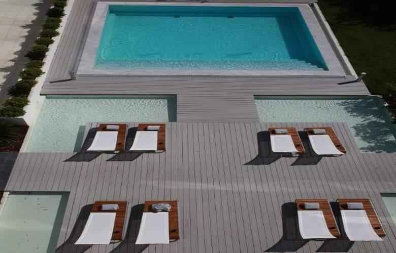 Kube St-Tropez - Pool - 2