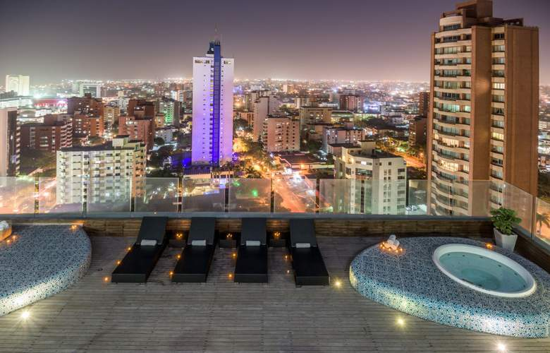 NH Collection Royal Smartsuites Barranquilla - Pool - 14