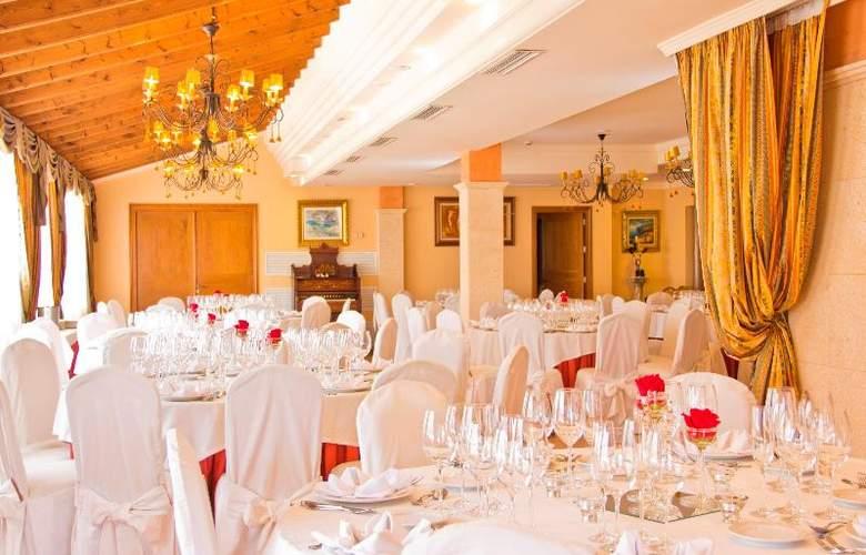 Mon Port Hotel Spa - Restaurant - 149