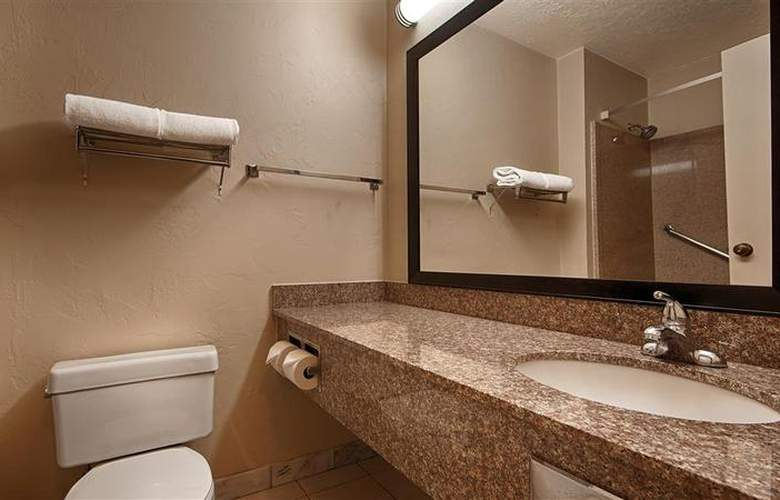 Best Western Tucson Int'l Airport Hotel & Suites - Room - 104