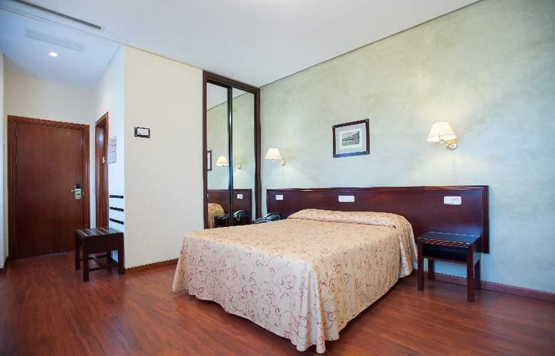 Derby Sevilla - Room - 2