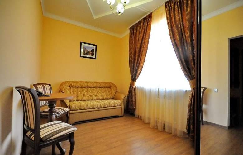 Maldini - Room - 6