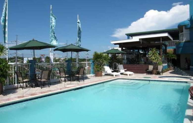 The Bellavista Hotel - Pool - 3