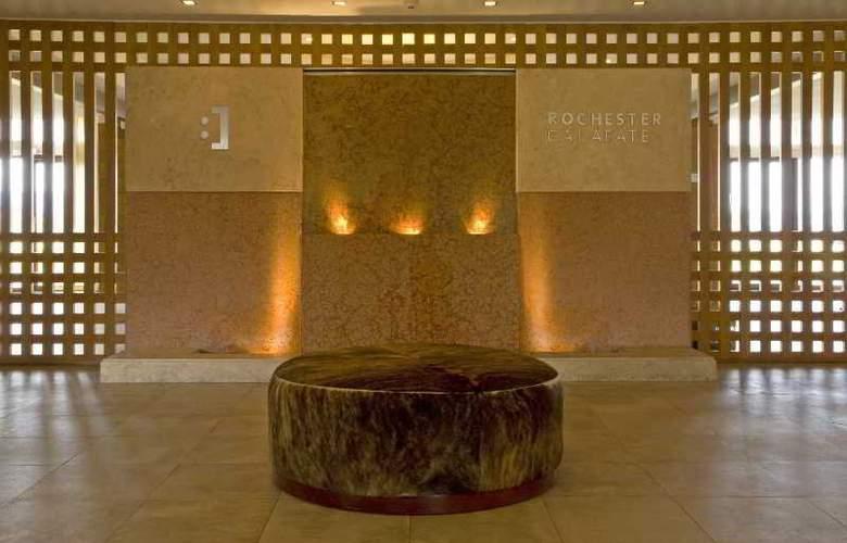 RH Rochester Calafate - Hotel - 14