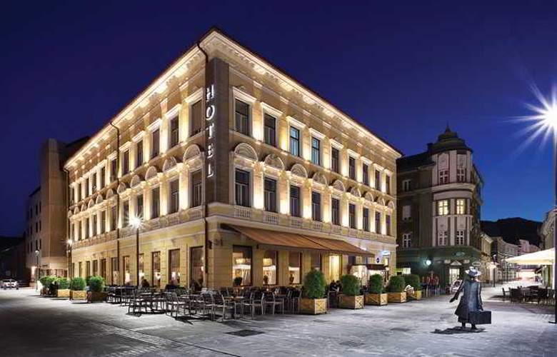 Evropa - Hotel - 0