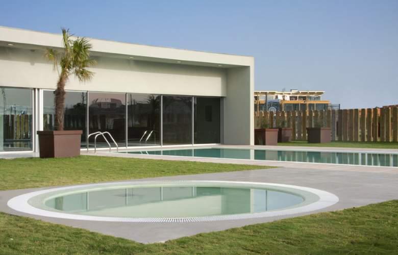 Aqualuz TroiaLagoa Suite Hotel Apartamentos - Pool - 4