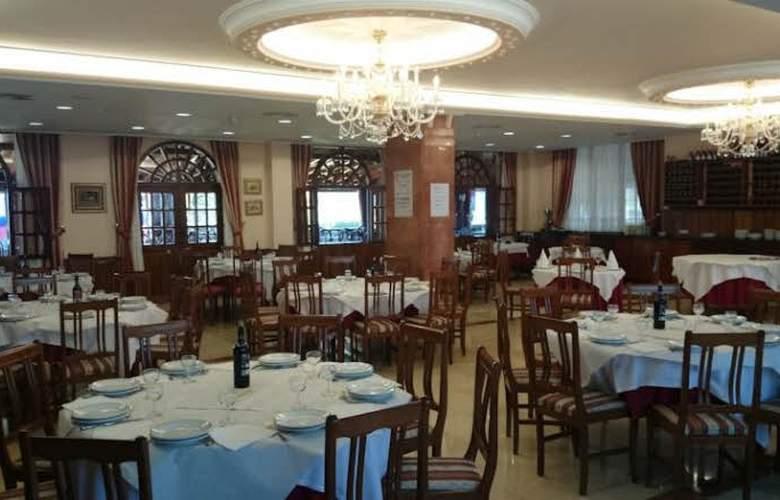 Complejo Copacabana - Restaurant - 2