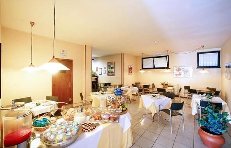Anna Siena Nord - Hotel - 2