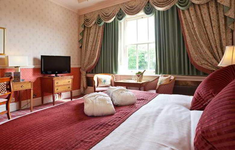 Down Hall Country House - Room - 7