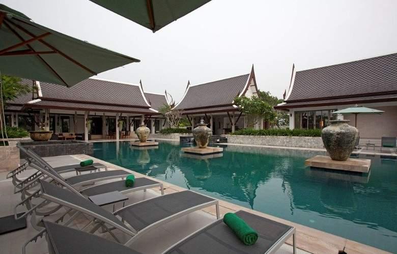 Manathai Villas Sylvia Pattaya - Pool - 9