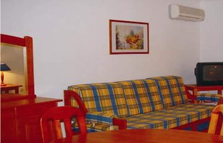 Apartamentos Mar e Serra - Room - 1