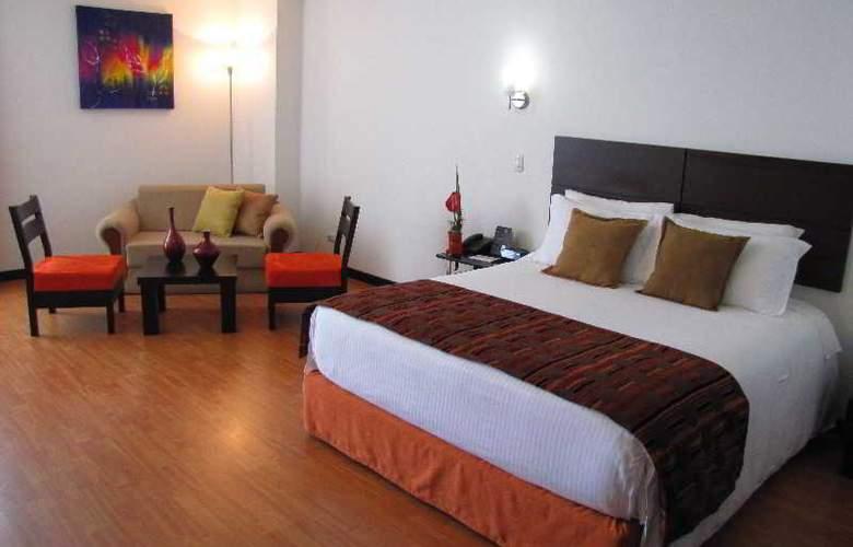 Varuna Hotel - Room - 10