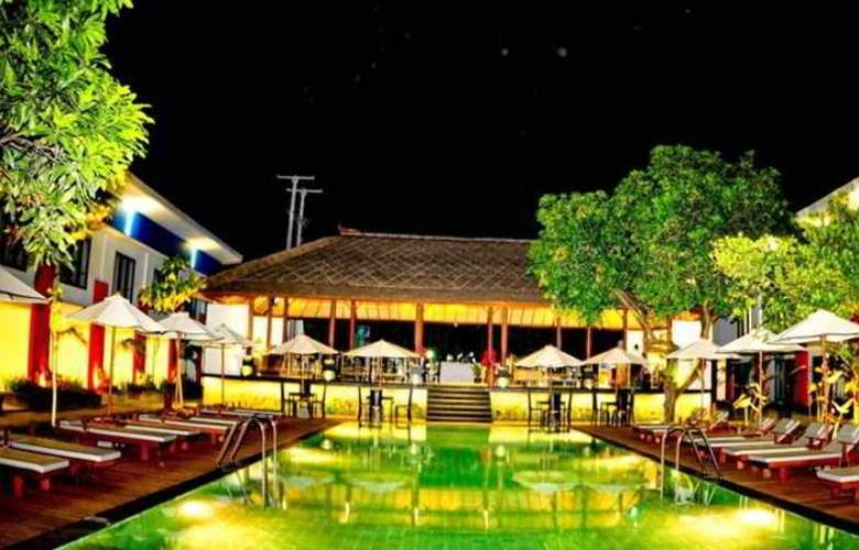 Odua Ozz Hotel Kuta - Pool - 1