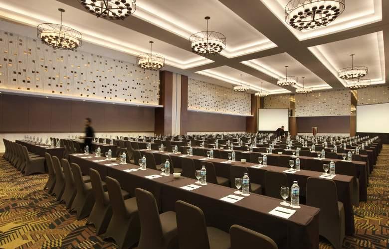 Royal Ambarrukmo Yogyakarta - Conference - 11