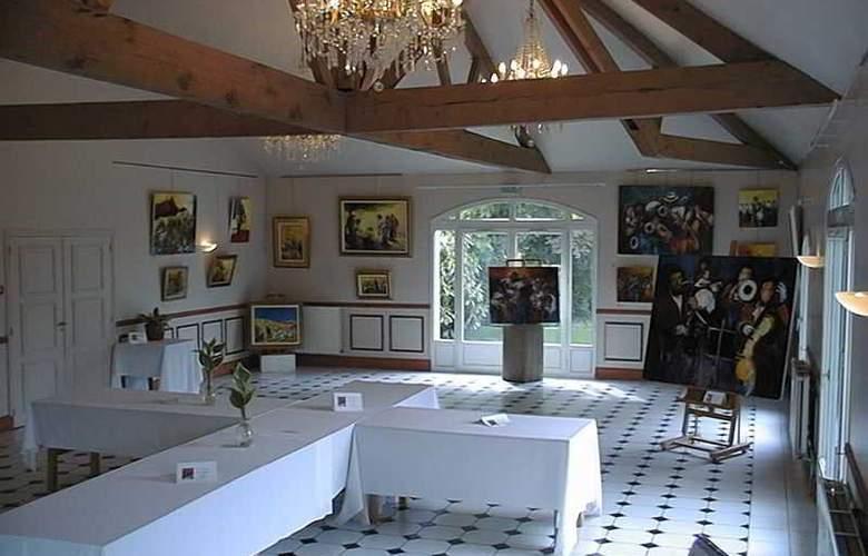 L'Orangerie du Chateau - General - 12