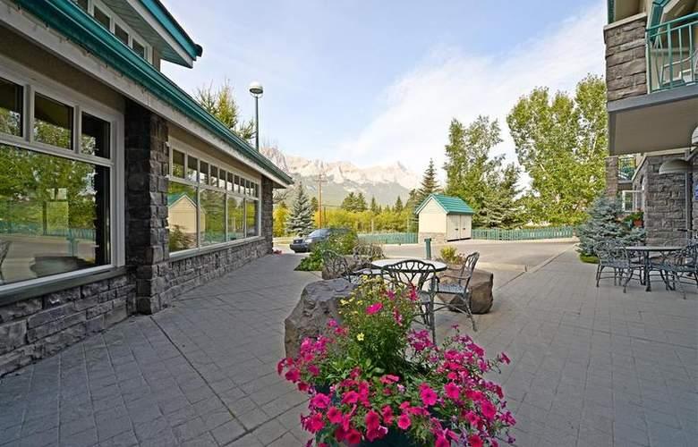 Best Western Plus Pocaterra Inn - Hotel - 96