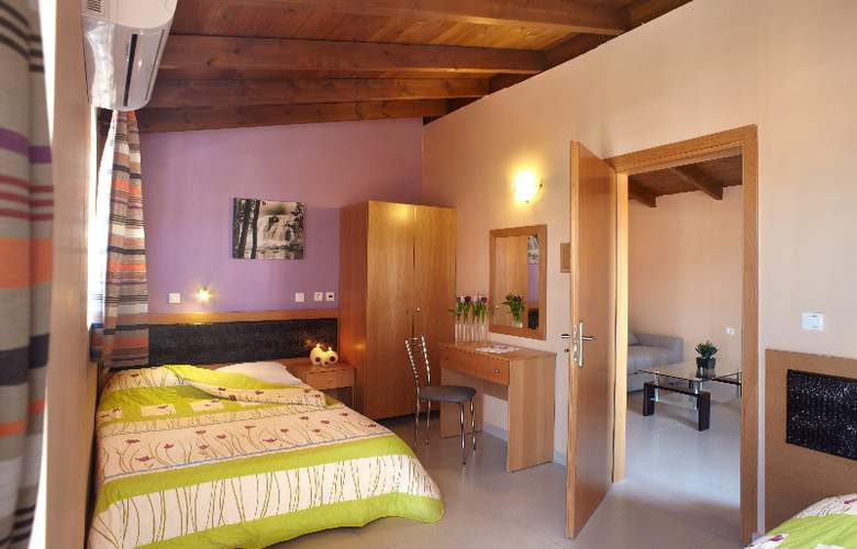 Marietta Hotel Apartments - Room - 4