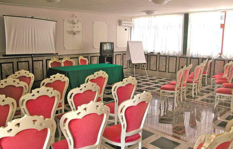 President Hotel - Conference - 9