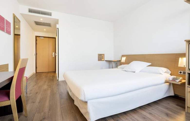 Ilunion Valencia - Room - 12