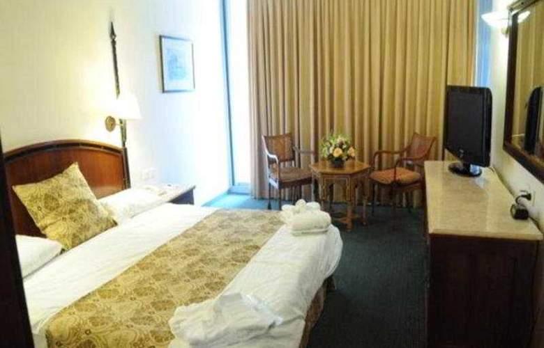 Golden Crown - Nazareth - Room - 3