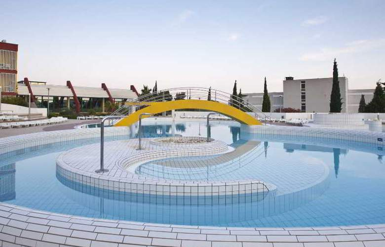 Bluesun Hotel Bonaca - Pool - 4