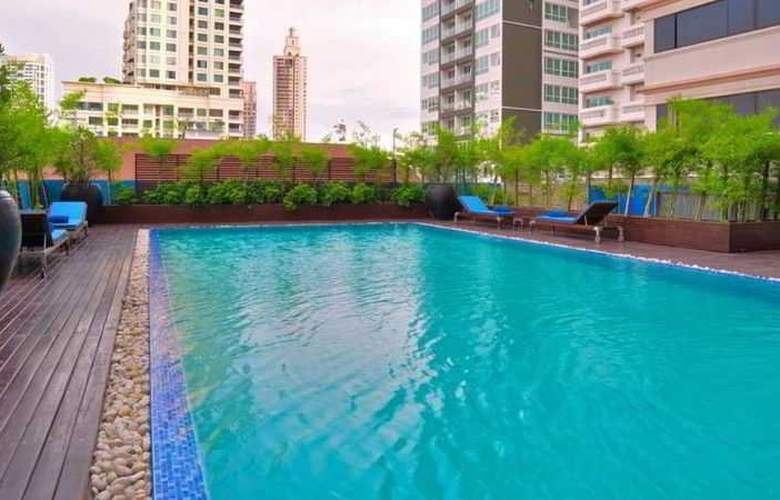 Marvel Bangkok - Pool - 6