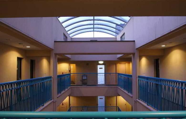 Villa Fontaine Hakozaki - Hotel - 4