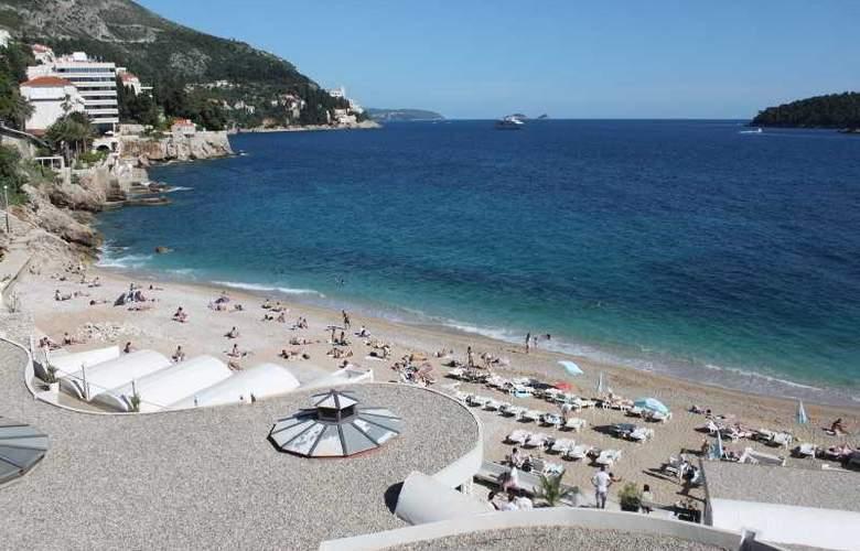 Vesna - Beach - 17