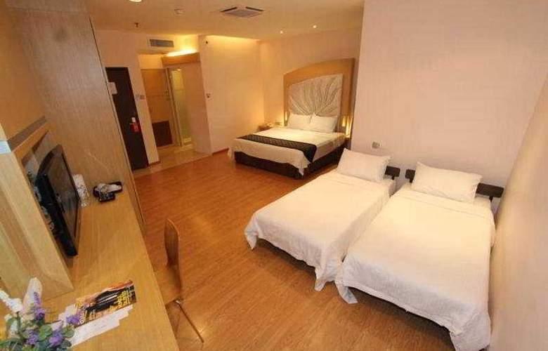 Courtyard Hotel @1Borneo - Room - 3