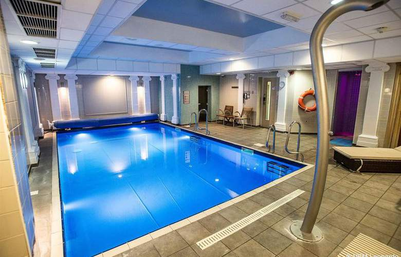 Crowne Plaza Edinburgh - Royal Terrace - Pool - 20