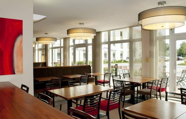 Holiday Inn Express Munich Airport Hotel - Restaurant - 6