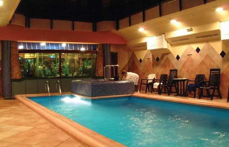 Aquarius - Pool - 4