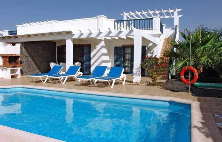 Villas Susaeta - Hotel - 0